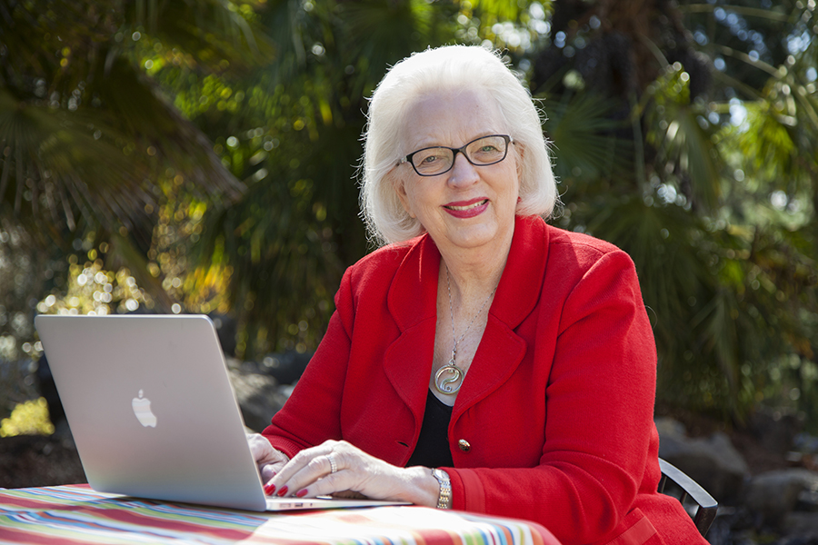 Judith Jance, New York Time Best Selling Author, Seattle Photographer Christine Cox, for 425 Magazine